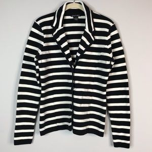 Audrey & Grace black and white sweater blazer